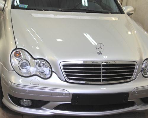Mercedes E32 AMG