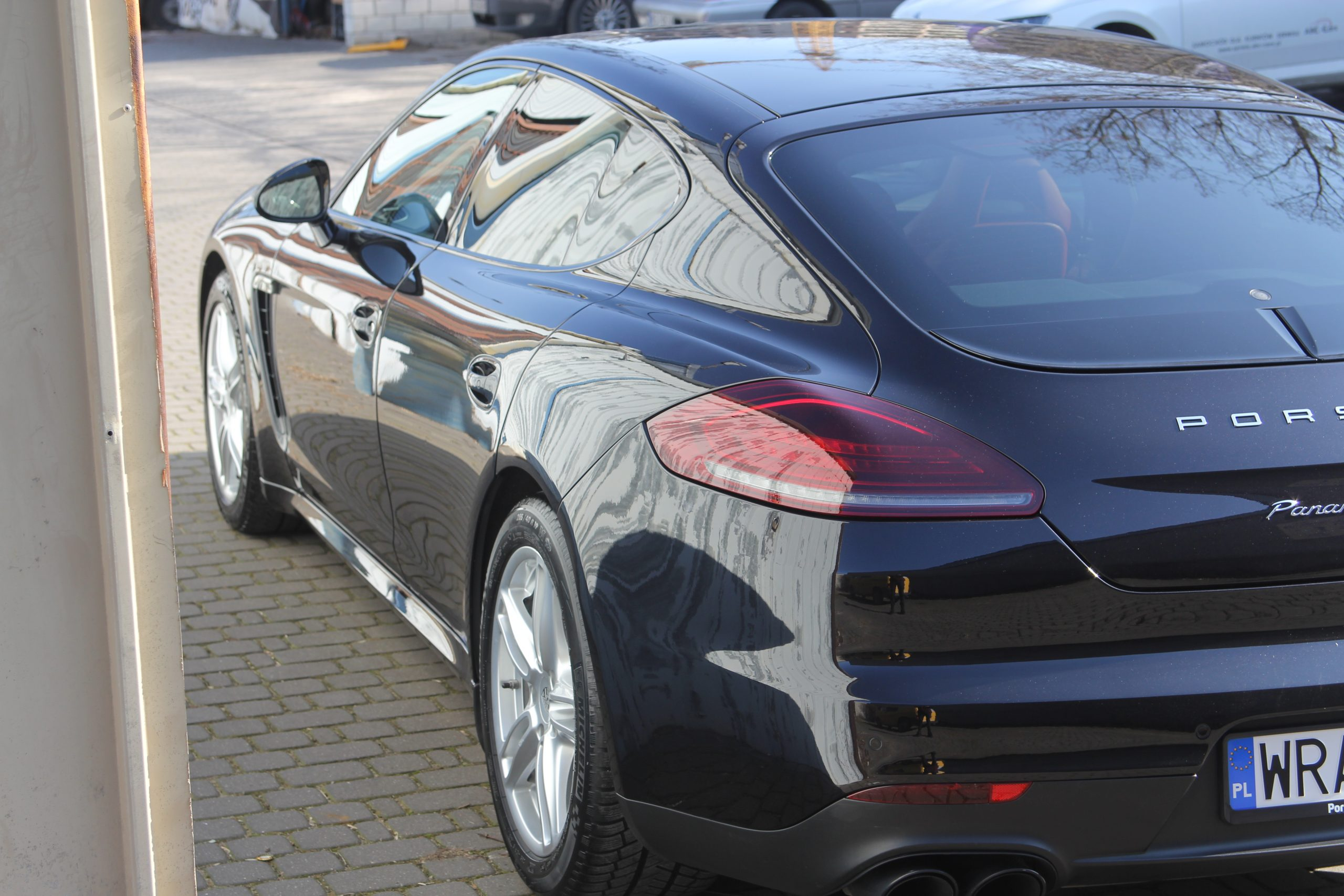 Porsche Panamera lakier na nowy